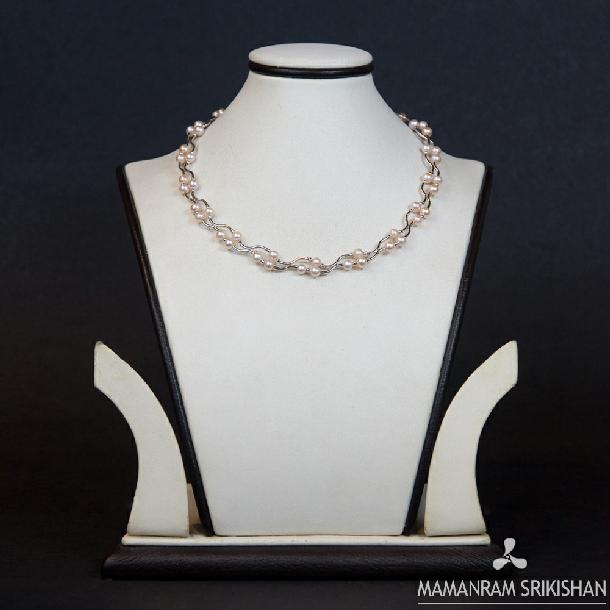 Pearl Necklace by Mamanram Srikishan Jewellers and Pearls
