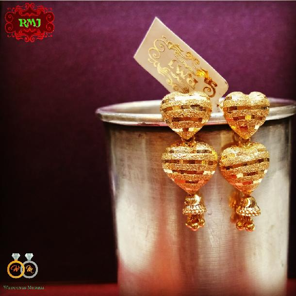 Ear Rings by Ratna Mani Jewellers